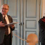33. Le prévôt Jean-Jacques Martin, lors de la remise des résultats pour le concours du reliquaire (Photo : SJ-Bild)